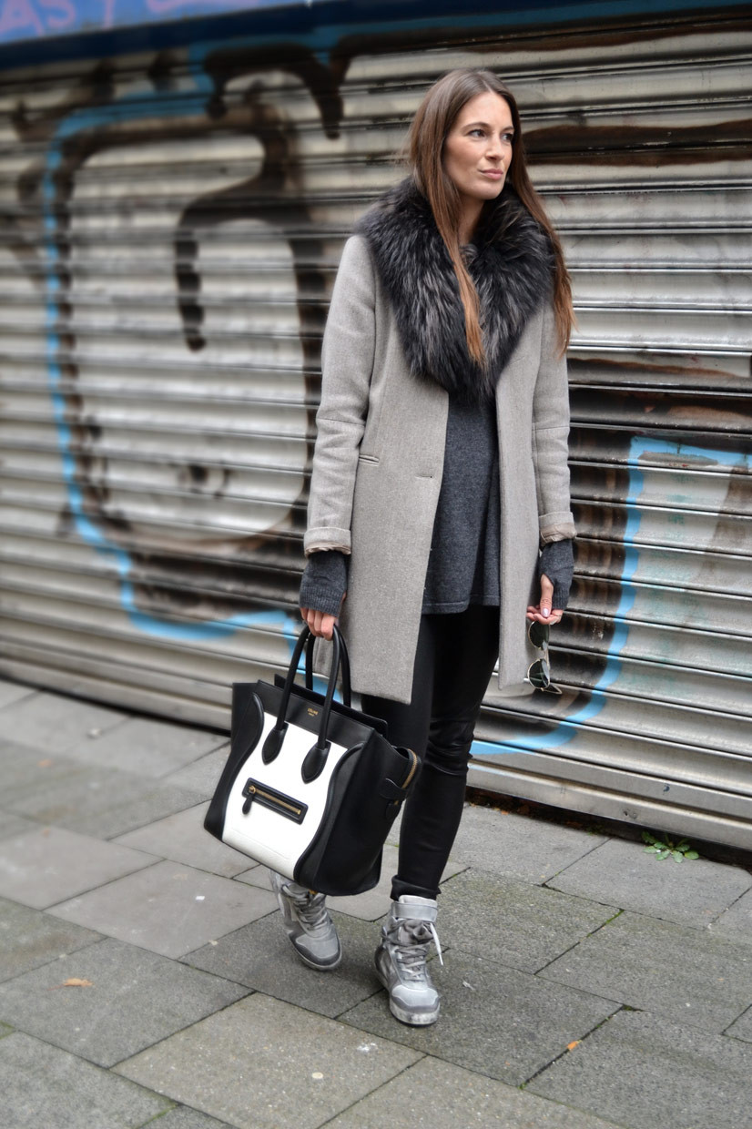Lena on Lütticherstraße, chic belgique, belgisches viertel, celine handbag, magdalena terlutter, boutique belgique, style, fashion, concept store, streetfashion, lady, girl, womenswear, coat, grey, excluisive, expensive, handbag, black, thisishype, This Is Hype, Stills, Helmut Lang, Ray Ban, www.thisishype.com, thisishype.com