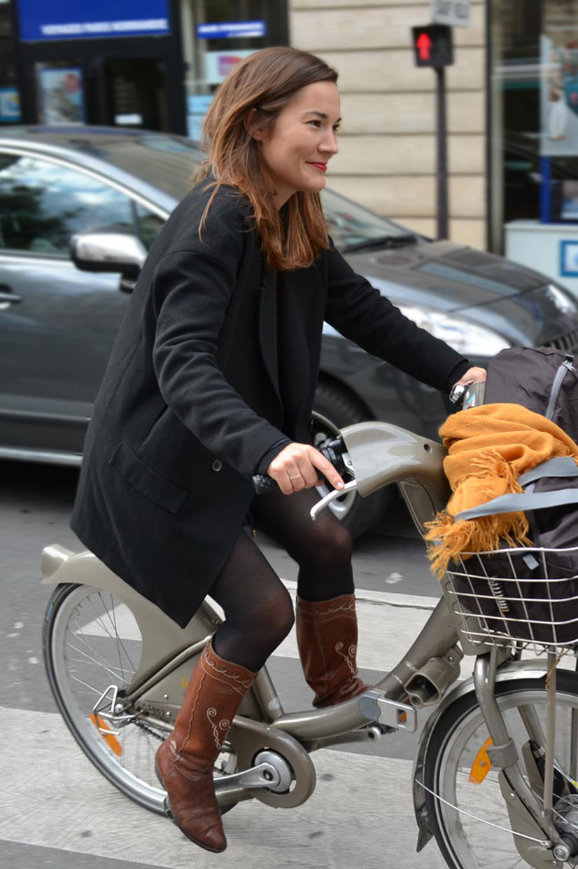 Unknown Madame on bicycle, Rue de Provence