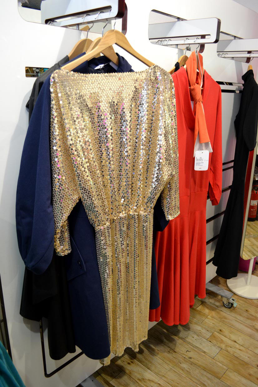 Golden sequin dress by Chang13°, Maastrichter Straße, Cologne, Köln 2013, Fashion Now, asianartist, wonderwoman, Hype Profile // Cologne Chang13°, couture, designer, fashion designer, artist, tailor, fashion store, clothing, design